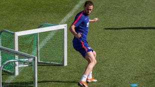 Godín podría descansar contra el Villarreal.
