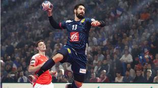 Karabatic, en un partido con la selección francesa.