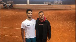 Miguel Damas, jugador del Complutumteam y semifinalista, con su...