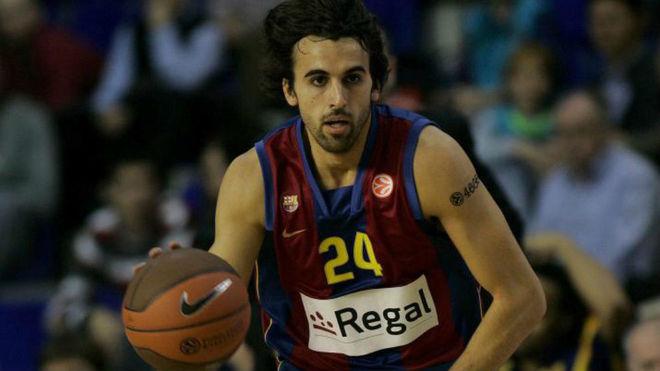 Víctor Sada jugando un partido de la Euroliga con el Barcelona