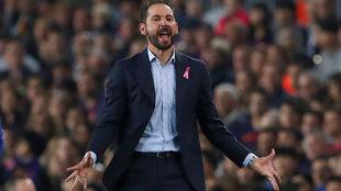 El técnico sevillista Pablo Machín (43), en el Camp Nou.