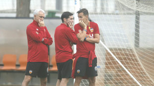 Marcelino and the coaching staff.