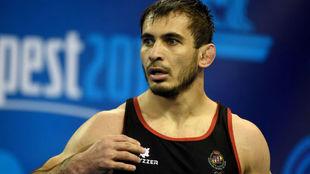Taimuraz Friev, muy concentrado antes de iniciar un combate
