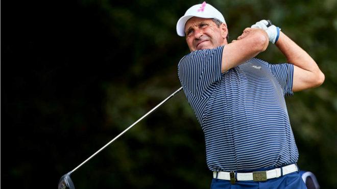 José María Olazabal (52), durante una de sus vueltas en Valderrama...