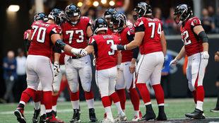 Los Falcons están obligados al triunfo para pelear por Playoffs.