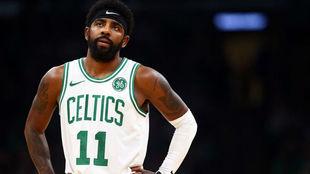 Kyrie Irving estrenando la temporada con los Boston Celtics