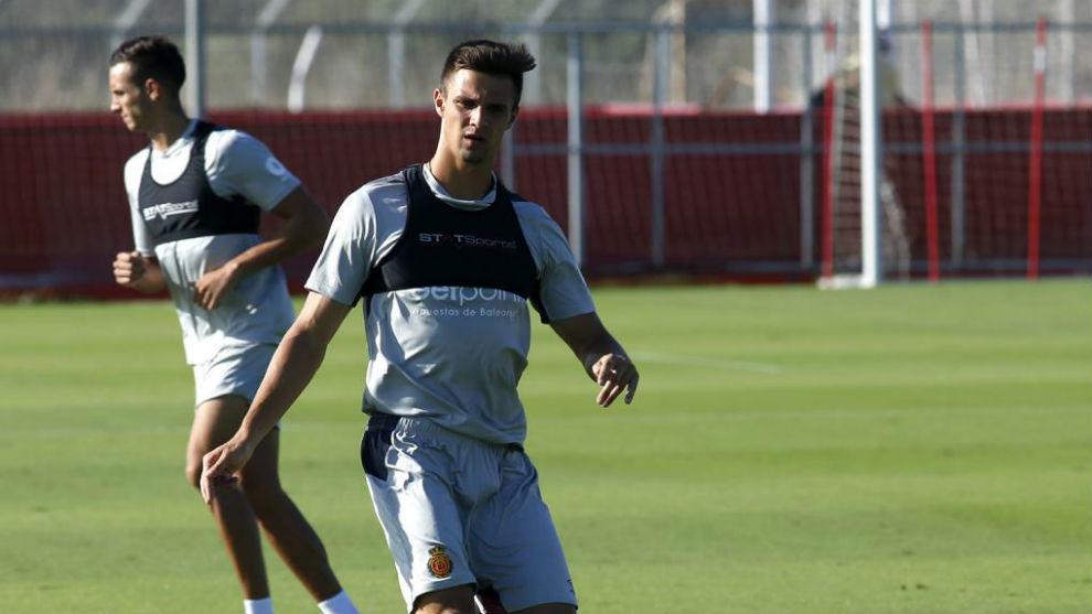 Valjent, durante un entrenamiento con el Mallorca.