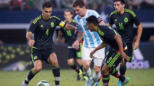 Messi y Márquez en el amistoso de 2015.