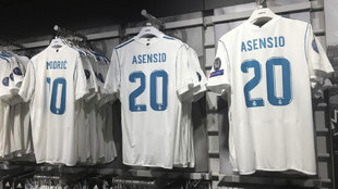 Real Madrid win the jersey sales Clasico