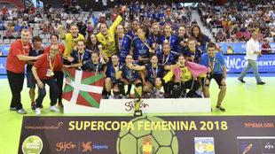 El Bera Bera celebra su victoria en la Supercopa de España.