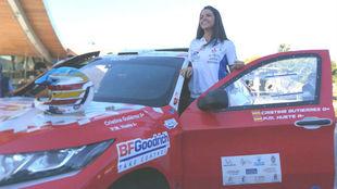 Cristina Gutiérrez, con el prototipo Mitsubishi Eclipse Cross del...