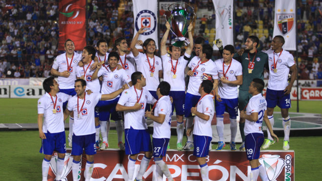 Torrado levanta la Copa después de vencer al Atlante en penales