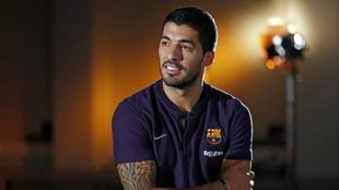 Luis Suárez, durante la entrevista a los medios del Barcelona.