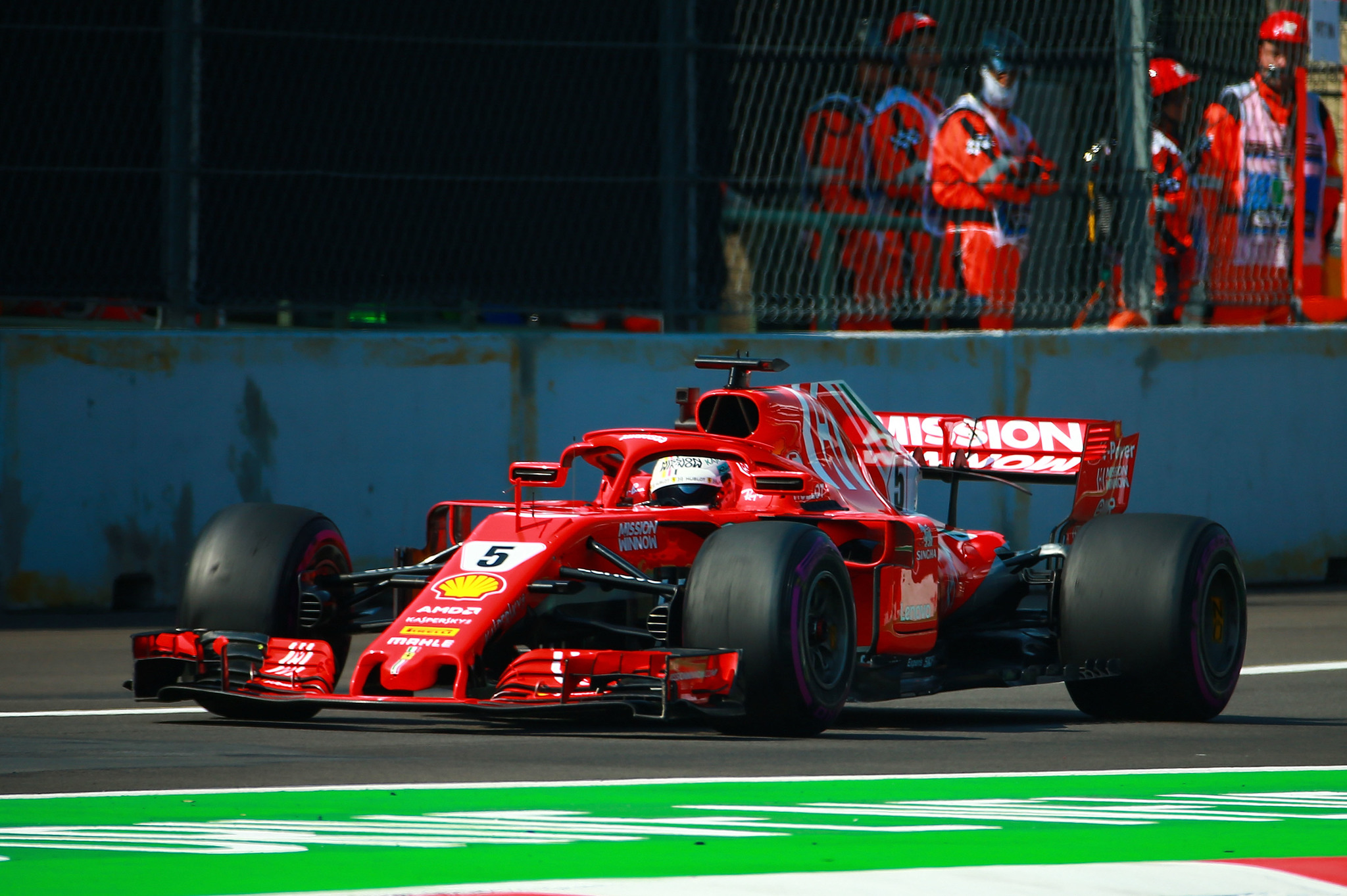 Gran Premio México F1 2018  El GP de México se viste de rojo Ferrari ... 107151c2999