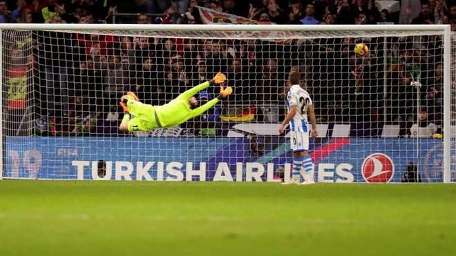Filipe Luis' goal