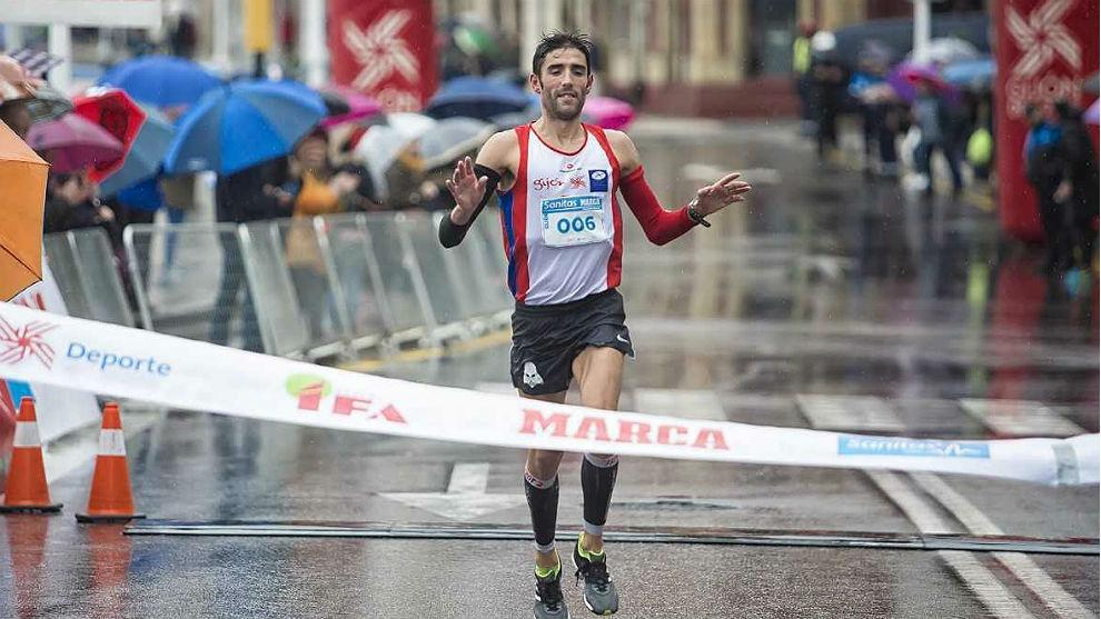 Raúl Álvarez Bengoa, vencedor de la Sanitas MARCA Series de Gijón.