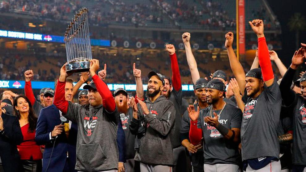 Los Medias Rojas levantaron el título.
