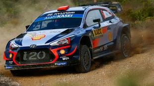 Sordo, con su Hyundai i20 Coupé WRC, durante el Rally de Cataluña.