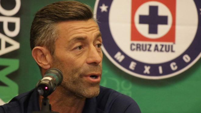 Pedro Caixinha busca su primer título con la Máquina.