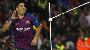 Luis Suárez celebra un gol frente al Real Madrid.