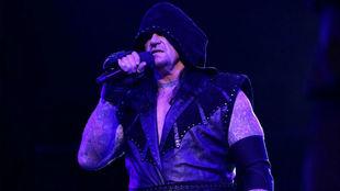 Undertaker durante su alocución en WWE RAw.