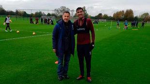 Osorio con Balbuena en el entrenamiento de los Hammers