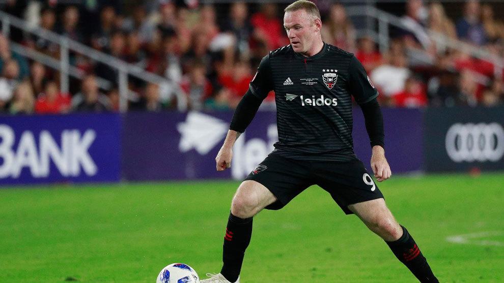 Wayne Rooney en un partido con el D.C. United