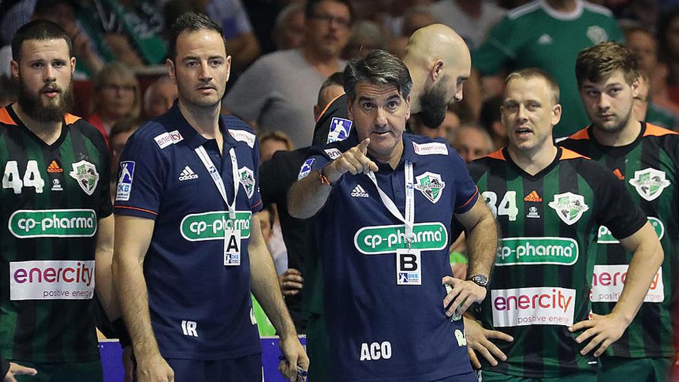 Antonio Carlos Ortega e Iker Romero durante un partido