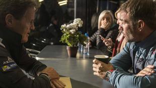 'Seb' y el empresario inglés, conversando en el Rally de...