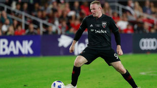 Wayne Rooney, en acción con el DC United.