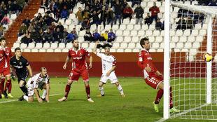 El segundo gol del Albacete, marcado por Zozulia