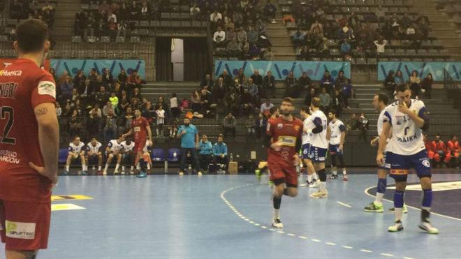 Un momento del partido entre el Granollers y el Huesca