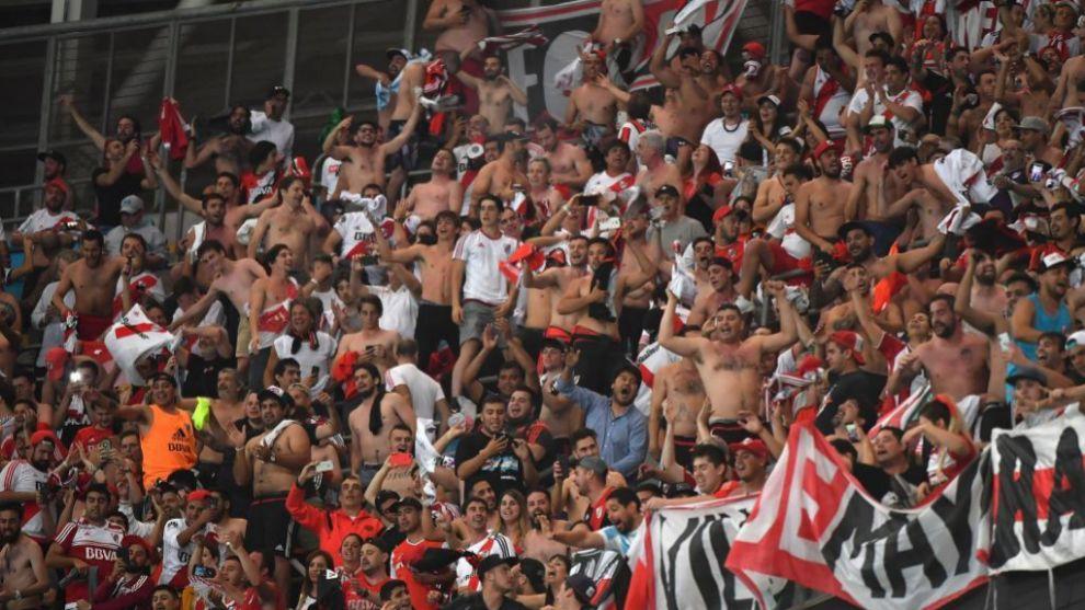 Seguidores de River en la semifinal de la Libertadores.