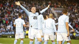 Iago Aspas celebra un gol con el Celta.