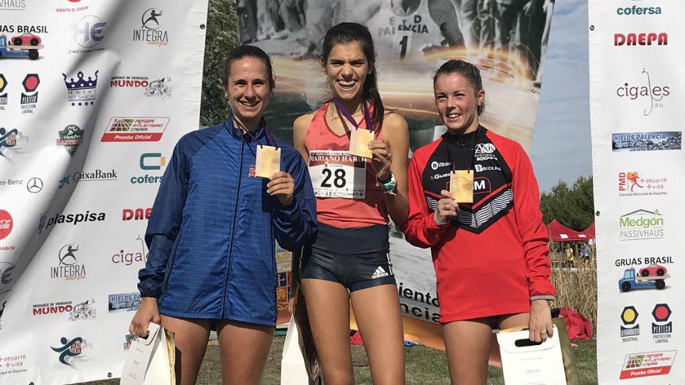 Cristina Jordan, Mariana Machado y Tania Carretera, en el podio.