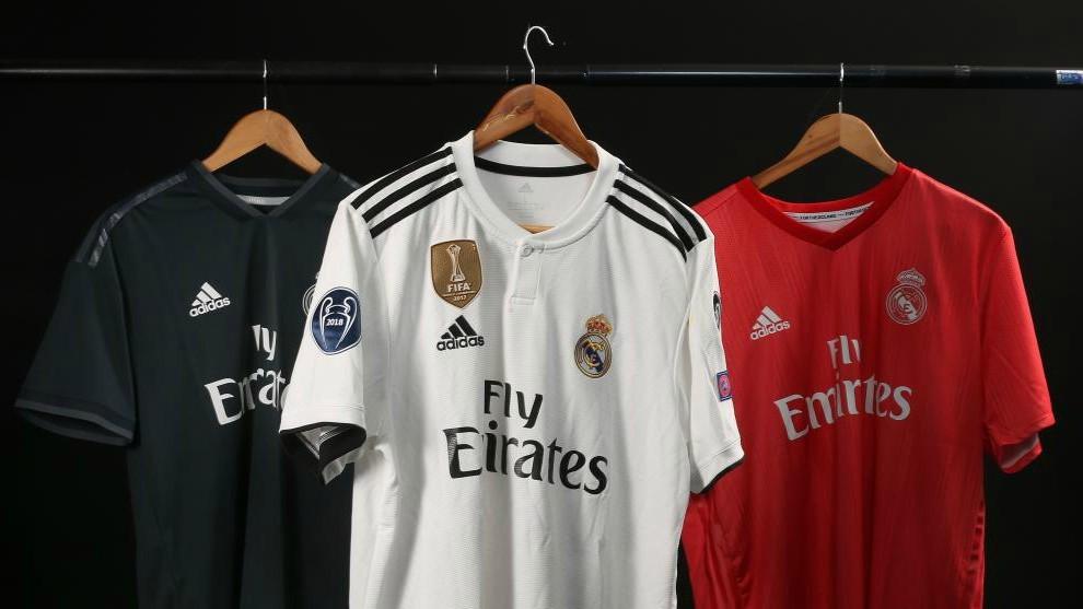 Hacer la vida administración Estadístico  Real Madrid: Real Madrid y Adidas ya tienen listo el contrato de los 1.100  millones | Marca.com