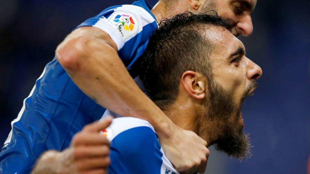 Borja Iglesias celebra su gol contra el Athletic.