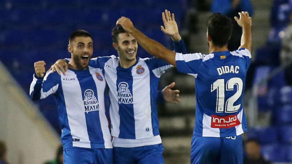 David López, Hermoso y Dídac celebran el gol contra el Athletic.