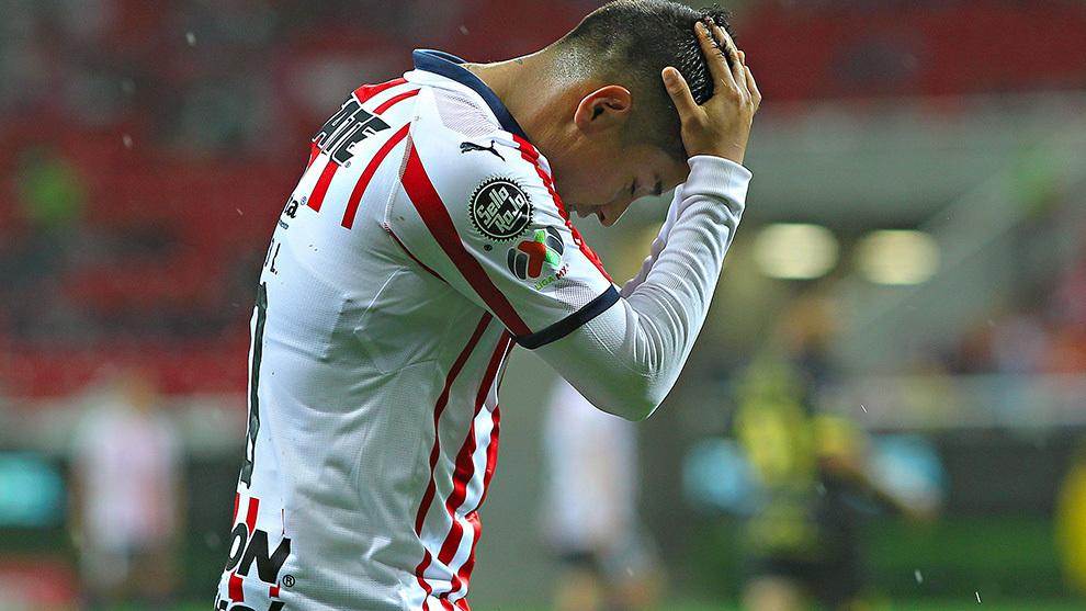 Javier López se lamenta durante un partido