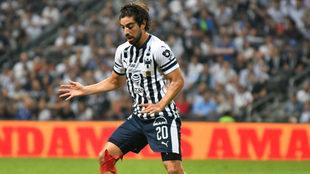 Pizarro marcó su primer gol oficial con Rayados en la J15
