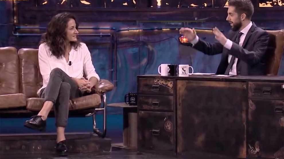 Laia Palau con David Broncano en La Resistencia de Movistar+