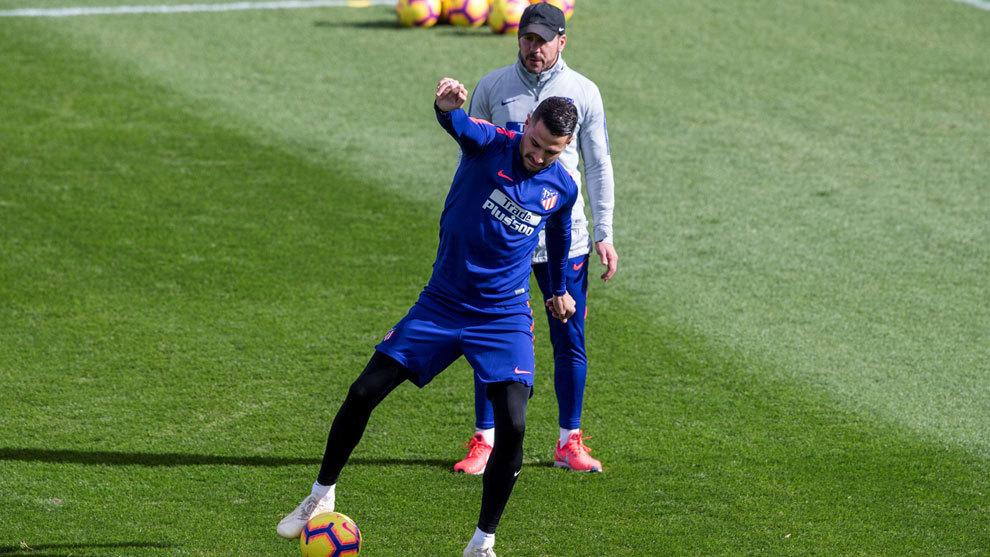 Vitolo, durante un entrenamiento con el Atlético de Madrid.
