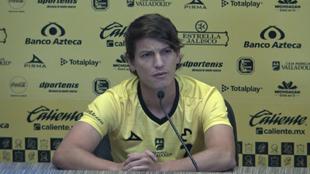 Carlos Fierro durante la conferencia de prensa