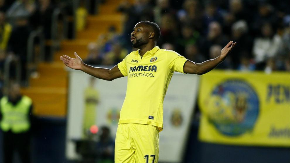 Bakambu en su etapa como jugador del Villarreal