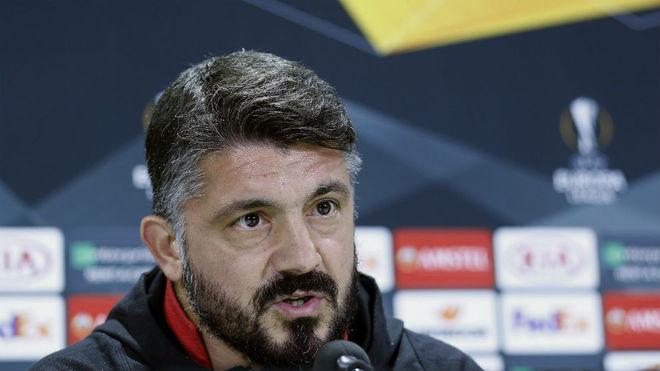 Gattuso atiende a los medios en el Villamarín.