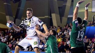 El húngaro Ligetvari, que debutó eb la Champions con el Ademar la...