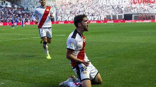 Pozo celebrando un gol frente al Athletic