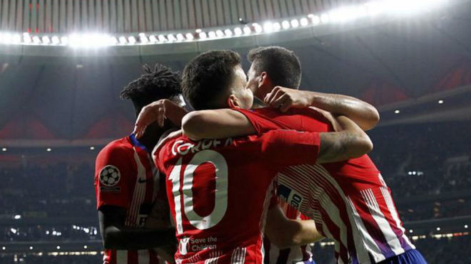 Atletico Madrid's players celebrate a goal