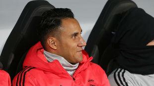 Keylor Navas, en el banquillo durante el partido frente al Viktoria...