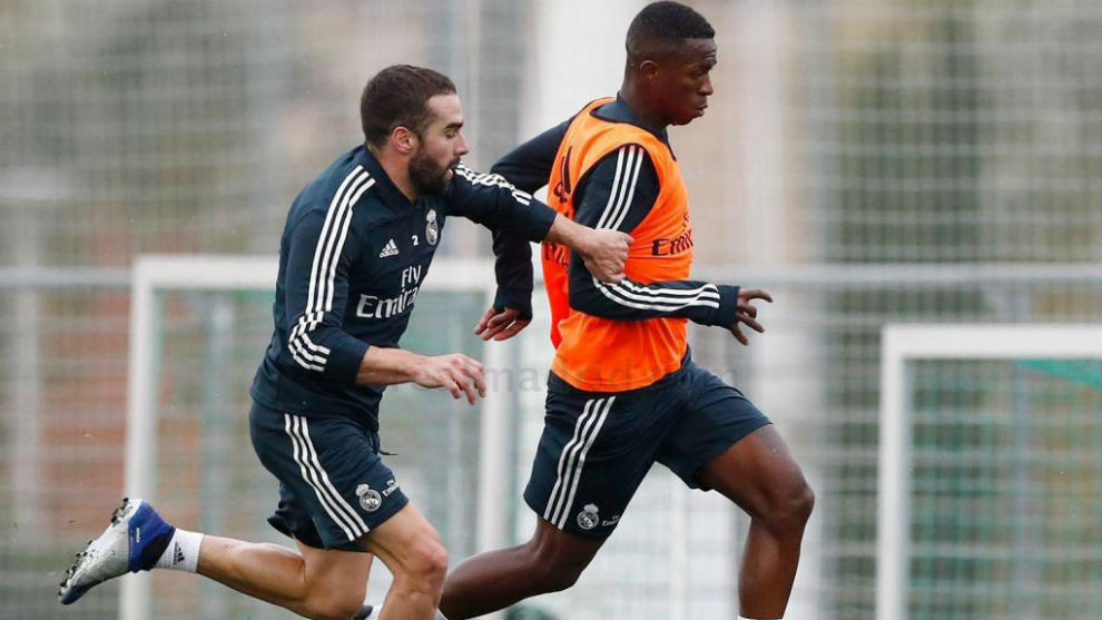 Carvajal with Vinícius